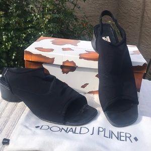 Donald J Pliner Navy mesh heels